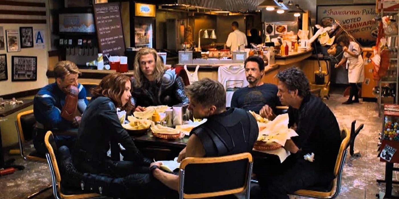 Co jedzą Avengersi po godzinach?